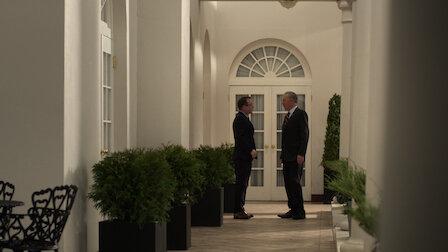 觀賞政黨路線。第 1 季第 16 集。